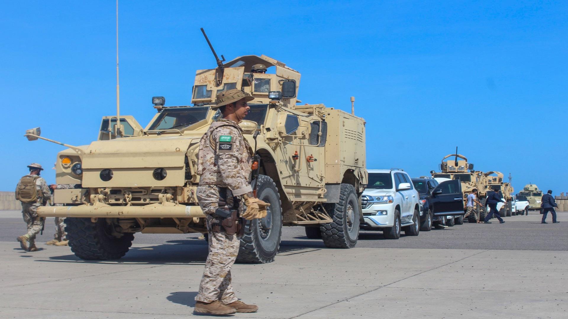 خبير دولي: هكذا ستنتهي الحرب الباردة بين السعودية والإمارات في اليمن