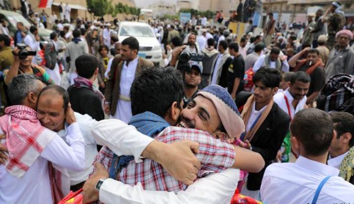 الصليب الأحمر يعرض رعاية إتفاق جديد بين حكومة الشرعية وجماعة الحوثي