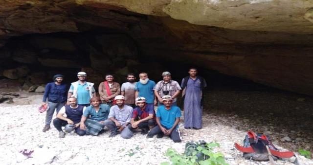 الفريق العماني اليمني ينهي دراسة جغرافية الكهوف في المهرة