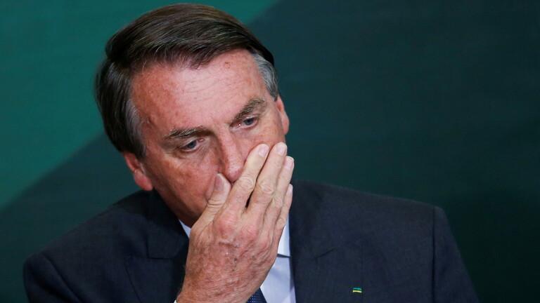 """""""فيسبوك"""" و""""إنستغرام"""" يقطعان بثا مباشرا للرئيس البرازيلي"""